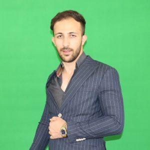 دکتر علی عزتی
